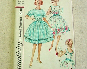 Vintage 50s Pattern - Full Dress, Lowered Neckline, Sleeves or Sleeveless -Simplicity 3892 Size 12 UNCUT Sewing, Wall Art, Easter Parade