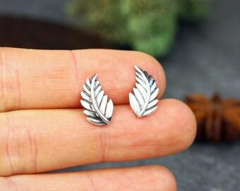 Elf sterling silver leaf stud earrings- Botanical silver studs- Silver leaf earrings- Nature earrings- Leaf stud earrings- Leaf posts