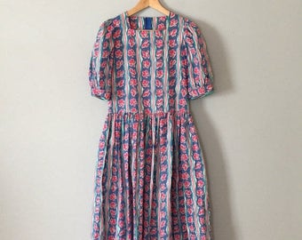 40% OFF SALE... Laura Ashley cotton dress | flowers and waves dress