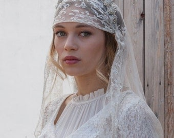 Antique Wedding veil - Vintage lace veil - Bohemian headpiece -Dramatic Headpiece  and veil - Agnes Hart UK
