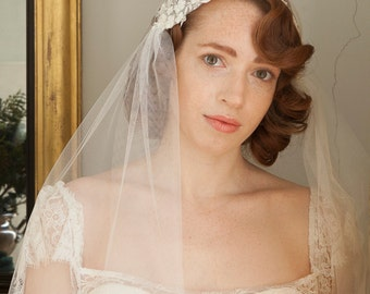 Juliet Cap Veil with  lace  - Kate Moss Wedding  veil - 1930s style veil - ivory chapel length veil - cathedral length veil