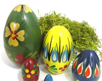 Vintage Floral Nesting Egg Set, 5 Pieces, Hand Painted Wood, Easter, Spring Decor, Russian Stacking Dolls