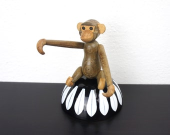 Vintage Teak Monkey, Mid Century Modern Zoo-Line or Bojensen Style Collectible Animal Figurine, Made to Hang with Movable Limbs 350010