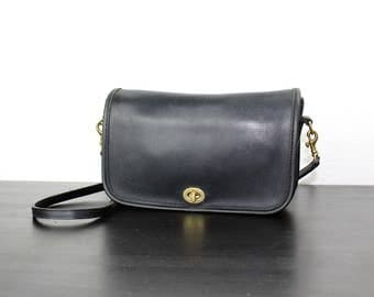 Vintage Black Leather Coach Purse, Convertible Clutch with Turn Lock Closure Removable, Adjustable Cross Body Strap, Mexico 040493