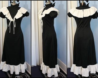 Vintage Womens Retro 70s Victorian Black and White Dress Modern Size Medium Maxi Ruffle Dress Hobo Hippie
