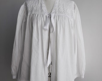 60s/White/Lace/Cotton/Bedroom Jacket