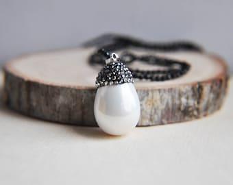 Pearl Necklace, Pearl Drop Necklace, Teardrop Necklace, Large Pearl Necklace, Layering Necklace, Long Pearl Necklace, Everyday Necklace