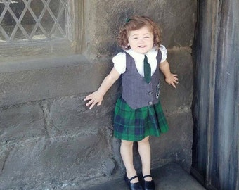 Harry Potter little girl Slytherin dress other houses available griffendor Hufflepuff ravenclaw custom made