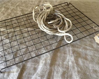 Amazing large size oblong VINTAGE crinkly wire cake cooling rack. Vintage kitchen / display.