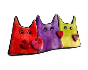 CAT BROOCH, Cat pin, cat Christmas gift, fun cat brooch red hearts, contemporary jewelry for cat lovers, fun pastel cats in red purple green