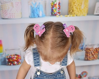 Dinosaur clips - Pig tail clips - Piggy tail clips - Dino clips - Toddler pig tails - Toddler hair bows - Pink dinosaur hair clips