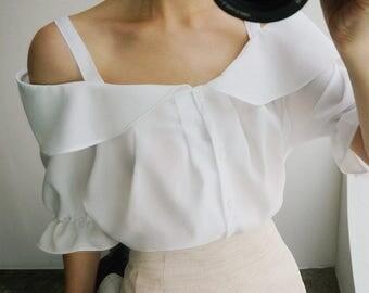 Handmade Simple Off-shoulder blouse, off-shoulder blouse, straps blouse, white blouse, romantic blouse, bohemian blouse, sweet blouse