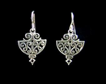 Sterling silver filigree earrings, Shield earrings, Decorative drop earrings, dangel earrings, scroll earrings,