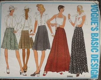 Vogue Basic Design 2895 1970s 70s Pleated Midi Maxi Skirt  Vintage Sewing Pattern Size / Waist 28