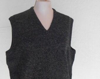 Sweater Vest Wool Gray Speckled Men's Large vintage