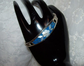 Vintage Sterling Silver Bangle Bracelet w/ Inlaid Turquoise & Mother of Pearl Only 14 USD