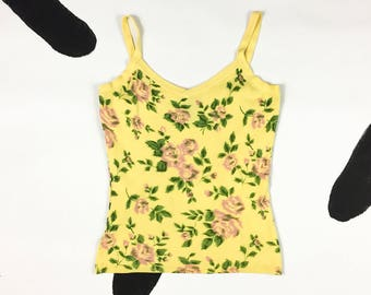 90s Pale Yellow and Pink Blurry Rose Print Spaghetti Strap Tank Top / Romantic / Girly / Grunge / Soft / Knit / Small / Clueless / Preppy