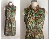 Vintage 1960s 70s Sleeveless Green Brown Orange Floral Polyester Sleeveless Dress Small 4 6