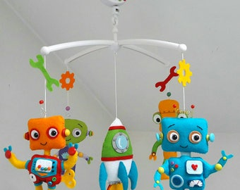 Robots musical cribmobile / nursery decor/ cot mobile / robots / babyroom decor