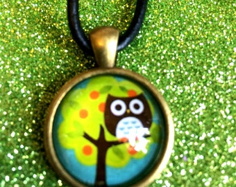 Antique Gold Colour Glass Tile Cute Owl in Tree Round Pendant Necklace- 24mm Round-Gifts For Her-Gifts for women-Ladies Jewellery