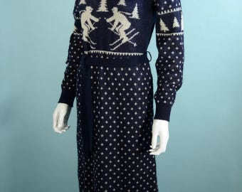Vintage 70s Navy White Ski Sweater Dress, Long Sleeve Knit Belted Dress, Winter Ski Theme Long Sleeve Midi, Plain Jane Esprit M