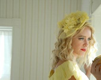 Vintage yellow floral hat, flower 1950s formal headpiece, netting veil