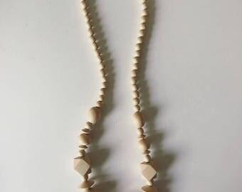 Vintage Monochromatic Wooden Necklace
