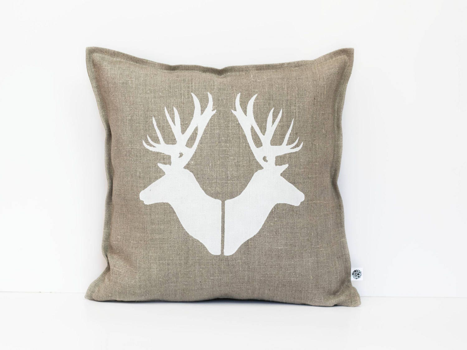 Throw Pillows Deer : Deer pillows Deer heads throw pillows Deer pillow covers