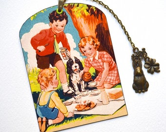 SPECIAL OFFER ! Mini Bookmark with Bronze Charms - Vintage Style - Picnic with Friends - Handmade