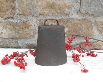 Antique Rustic Cowbell Dinner Bell with Repurposed Make Do Clapper Metal Patina Urban Farmhouse: More Cow Bell!