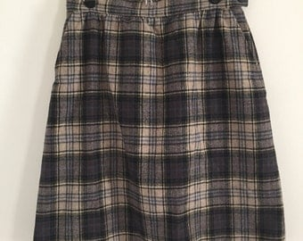 60's Style Pendleton Wool Pencil Skirt in Navy and Neutrals S M