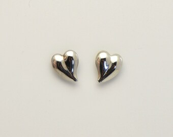 12 x 15 mm Curved Heart Silver Magnetic Earrings