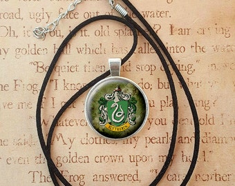 Slytherin Necklace Harry Potter - House crest