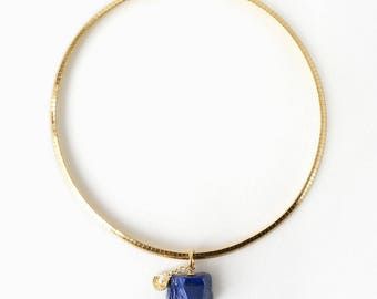 Raw Lapis Lazuli Stone Pendant Choker Style Necklace with Shell Charm, Simple Elegant