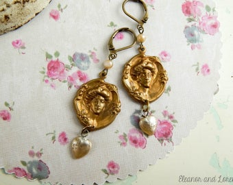 Vintage victorian earrings / victorian lady / vintage earrings / upcycled earrings / assemblage earrings / victorian jewelry / upcycled
