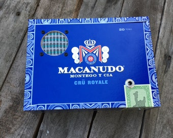 Cigar Box Bluetooth Speaker, Guitar Amplifier, Wired Speaker, Handmade Portable Amp - Macanudo Cru Royale