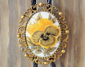 Vintage Yellow & Gold Pansy Pendant Bolo Tie Necklace