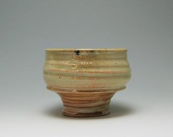 Matcha Tea Bowl, Serving Bowl, hand-thrown stoneware bowl Shino