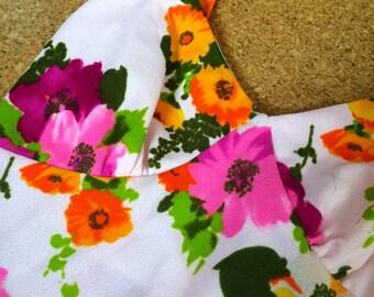 Vintage White Floral Sun Dress 1970s  1960s Cool Boho Style Minidress A Line w Colorful Flower Print