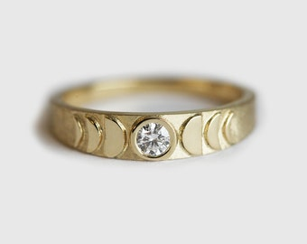 Moon Ring, Moon Phase Ring, Gold Crescent Ring, Diamond Moon Ring, Diamond Wedding Ring, Unique Wedding Band For Her, Unique Band