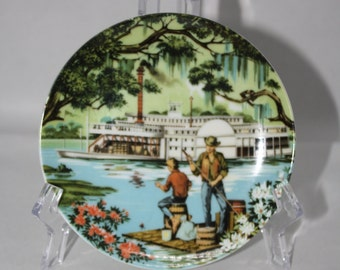 """Avon  """" The South"""" from the American Portraits Plate Collection 1985 Don W. Sheffler, Artist"""
