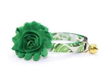"Flower Cat Collar Set - ""Palms"" - Tropical Palm Leaves Collar + Clover Green Detachable Flower"