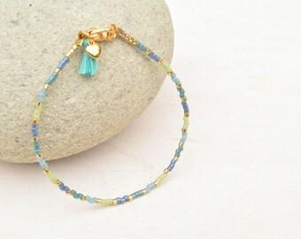 Seed beads bracelet, Miyuki bracelet, Minimalist jewelry, Golden bracelet, Ombre bracelet, Dainty bracelet, Gift for her, Tassel bracelet