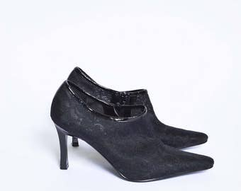 Vintage 90's Black Lace Mesh High Heel Ankle Bootie Shoes with Zippers