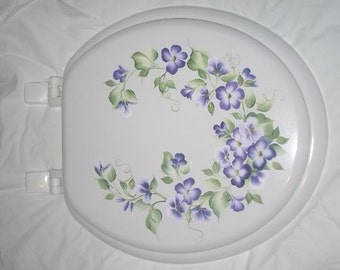 NEW* Round wood TOILET SEAT, Hand Painted, Purple Violets Blossom, Cottage Floral,  Bathroom decor, Victorian, French Country, Powder Room