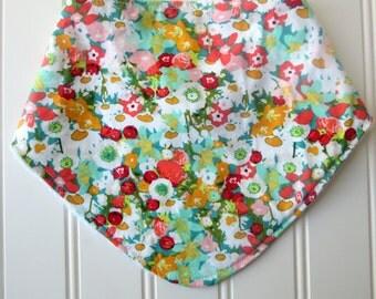 Baby Girl Floral Dribble Bib, Bandana Bib, Baby Girl Bib, Baby Shower Gift, Baby Girl Gift, Baby Accessory