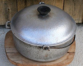Vintage Club Aluminum Stock Pot