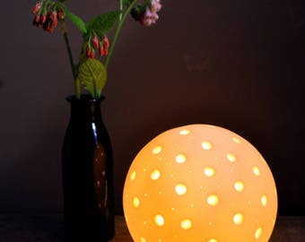 Porcelain Pollen Lamp