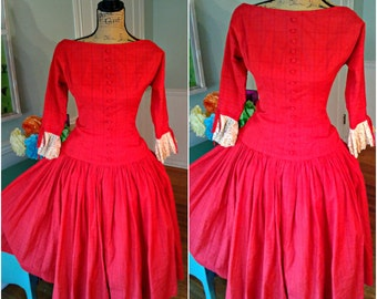 GORGEOUS Vintage 1950's dress / Red Dress / Pin up / Tea Party/ Wedding / Full Sweep Skirt / Garden Party / Tea party /Med