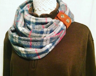 Strap-on Infinity Flannel Scarf